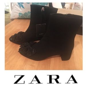 🆕NWT ZARA Bootie With Bow & Bead Embellishment